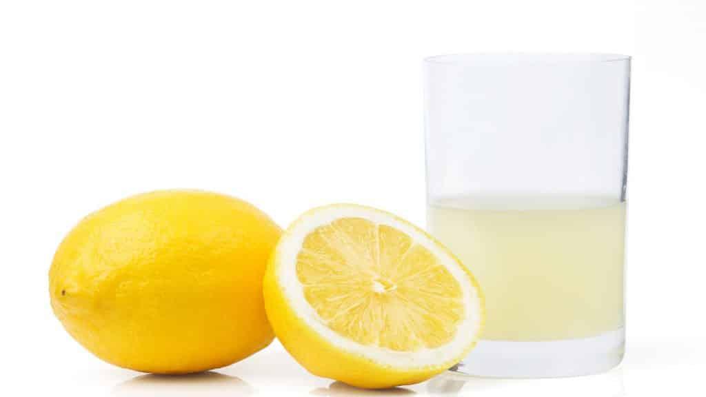Air perasan lemon adalah cara menyembuhkan batu ginjal secara alami